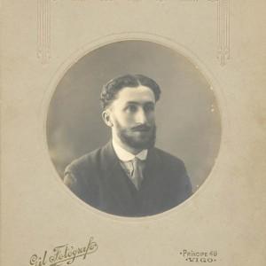 Retrato circular de Joaquín Fernández Sestelo