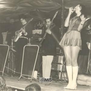 Grupo musical nas Festas de Entroido do Barreiro