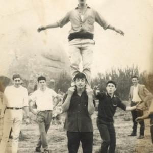 Grupo de mozos en San Cibrán.