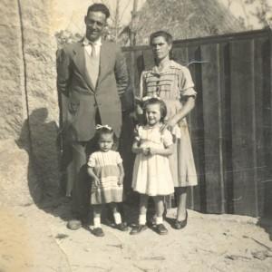 """Retrato de Manuel Valcarcel """"Lareote"""" e familia"""