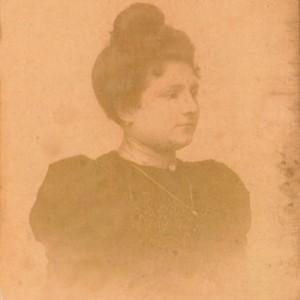 Retrato de Consuelo Freire Pérez