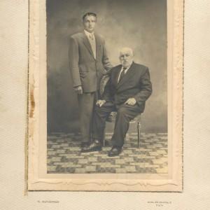Retrato de Cándido Alonso Fontaíña e o seu fillo Victorino Alonso Zugasti